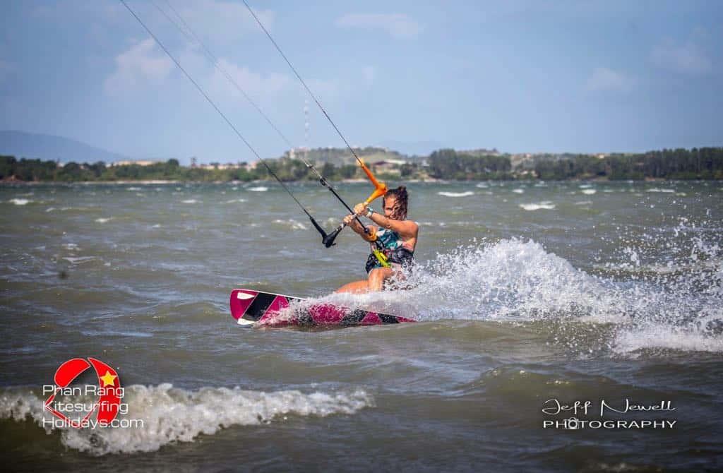 Cam Ranh Kitesurfing