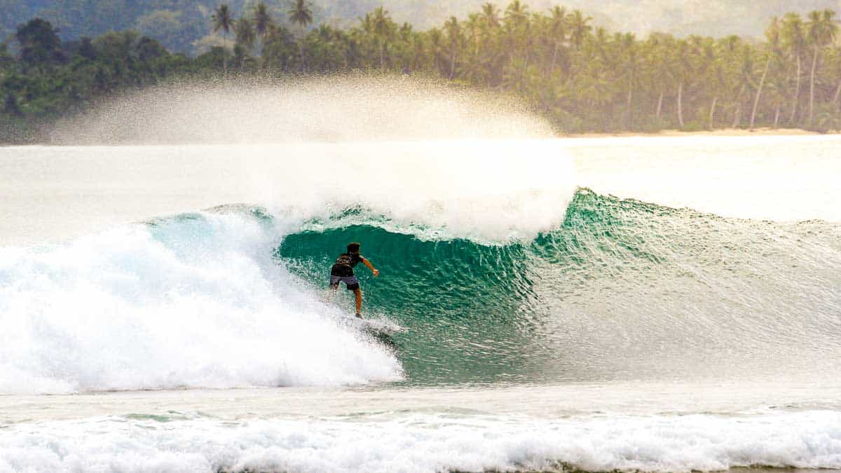 surf-in-asia-best-spots