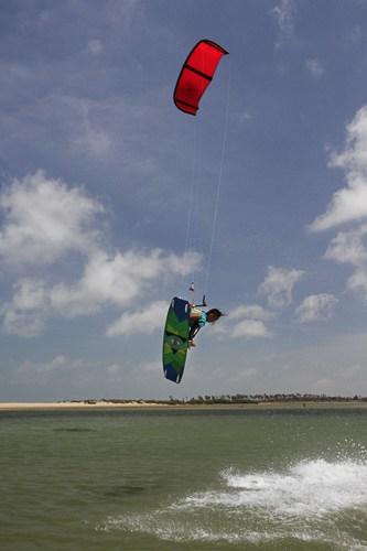 kitesurfing sri lanka kalpitiya lagoon