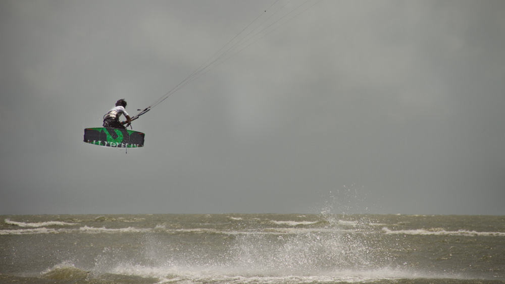 kitesurf kalpitiya open ocean