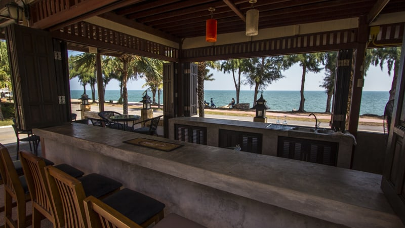 palm beach hotel pranburi seaview