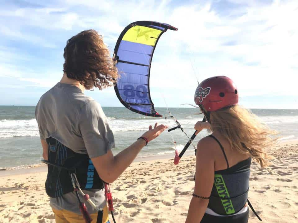 Kitesurfing students in Mui Ne