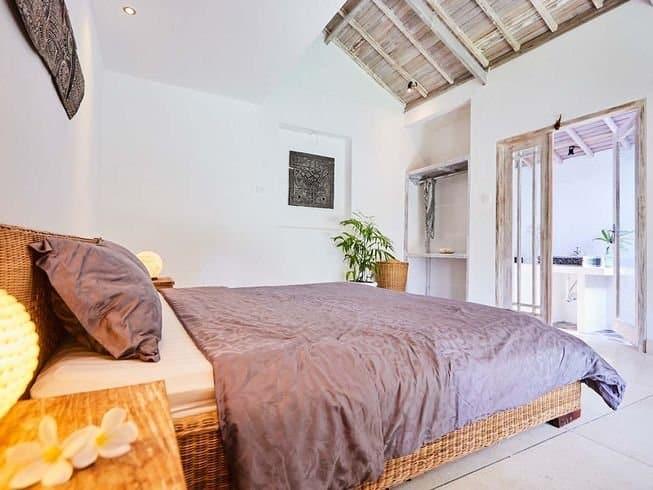 Camera da letto al Kamafari Surf Camp a Bali