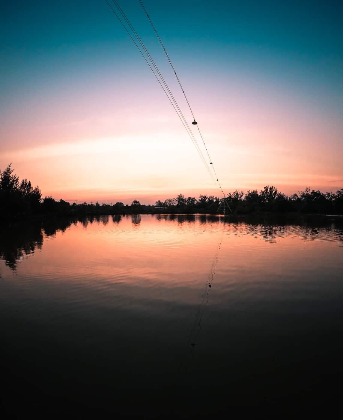 imagem do pôr-do-sol do herói 7 preto