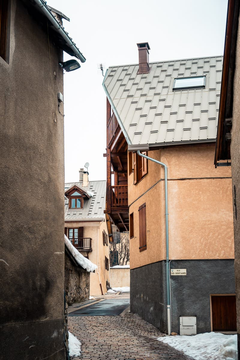 the winding alleys and old architecture of le monetier-les-bains